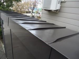 プロパン庫屋根-塗装後